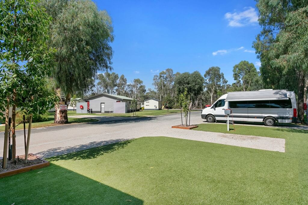 Murray River Holiday Park powered camp sites